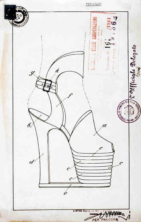 Rund 350 Patente hatte Ferragamo im Laufe seines Lebens angemeldet. Darunter eins, das den Tragekomfort von High Heels revolutionierte. Eine Stahlfeder, einge-arbeitet in den Bogen zwischen Absatz und Sohle, optimierte die Bequem-lichkeit ungemein.